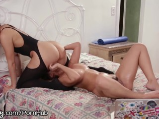 Young girl first sex
